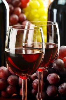wine_shutterstock_85339912